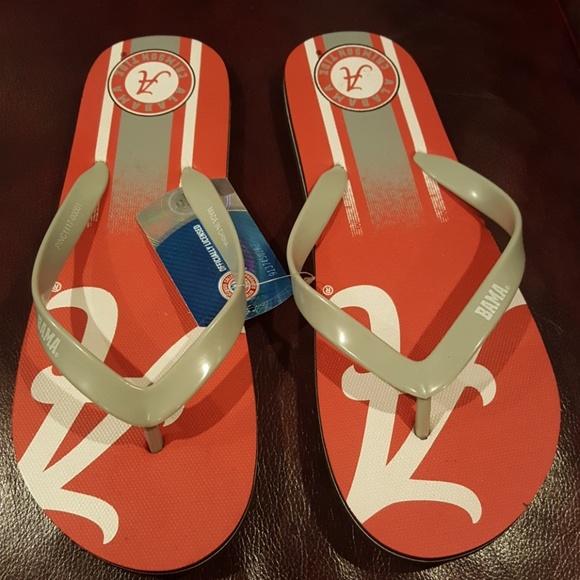 Shoes - NWT Alabama flip flops